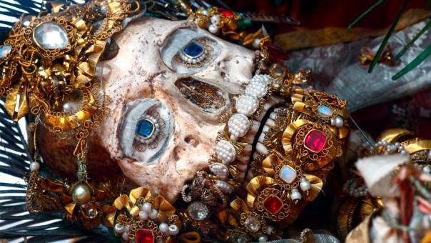 blinged skull