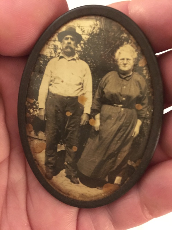 brooch grandparents