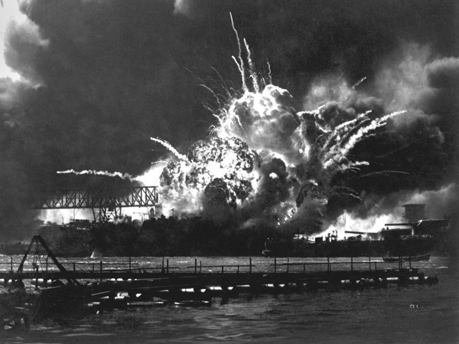 Explosion-USS-Shaw-magazine-attack-Pearl-Harbor-Dec-7-1941